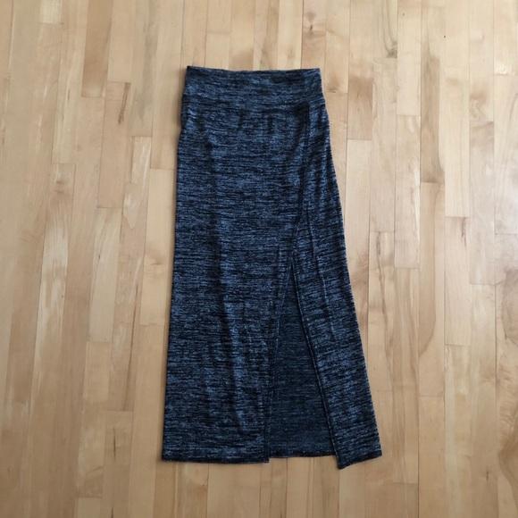 Aritzia | Wilfred Free Skirt